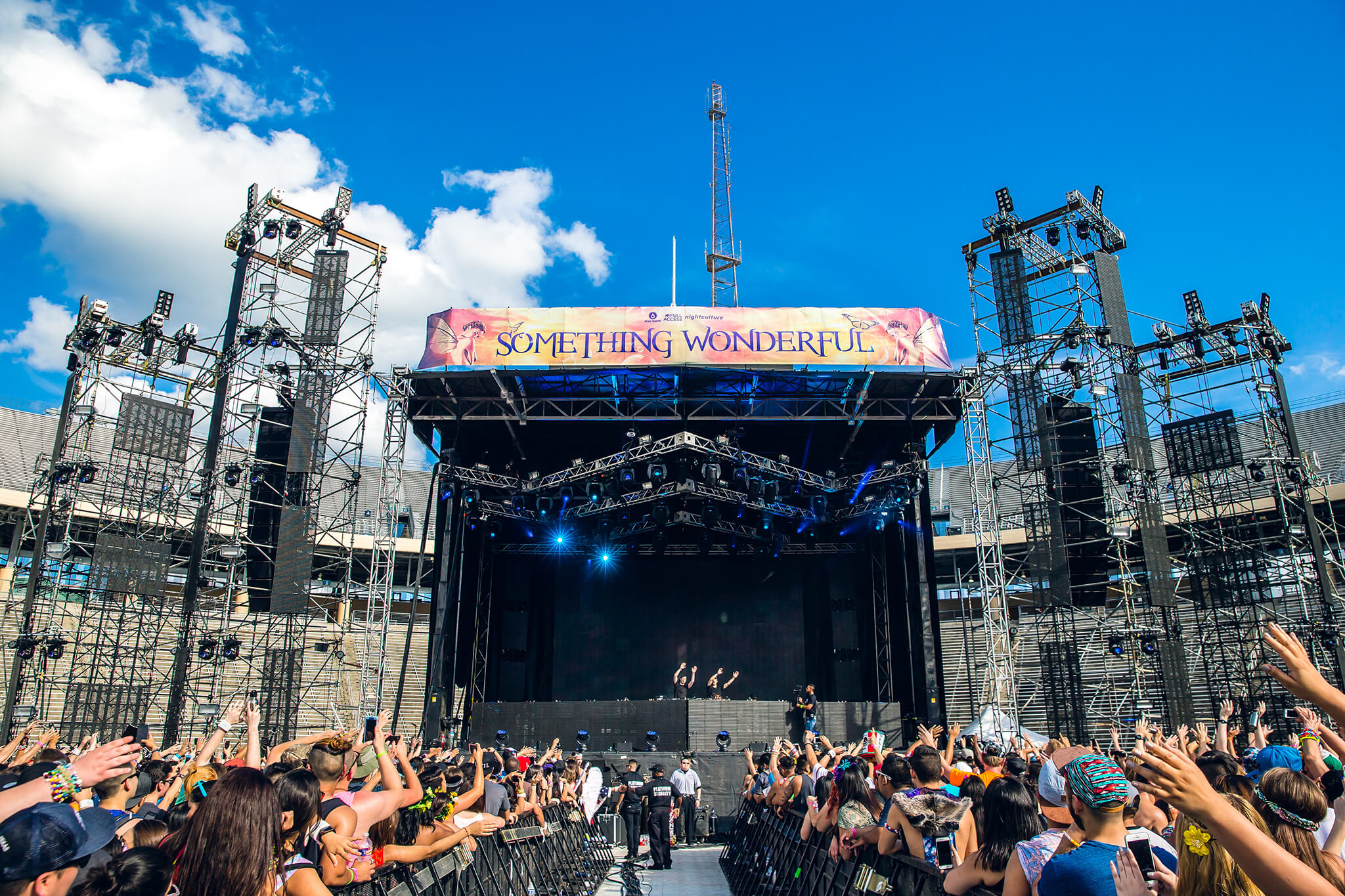 Main stage at Something Wonderful 2015
