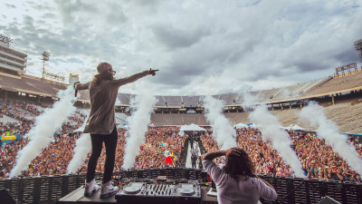 DVBBS performing at Something Wonderful 2015