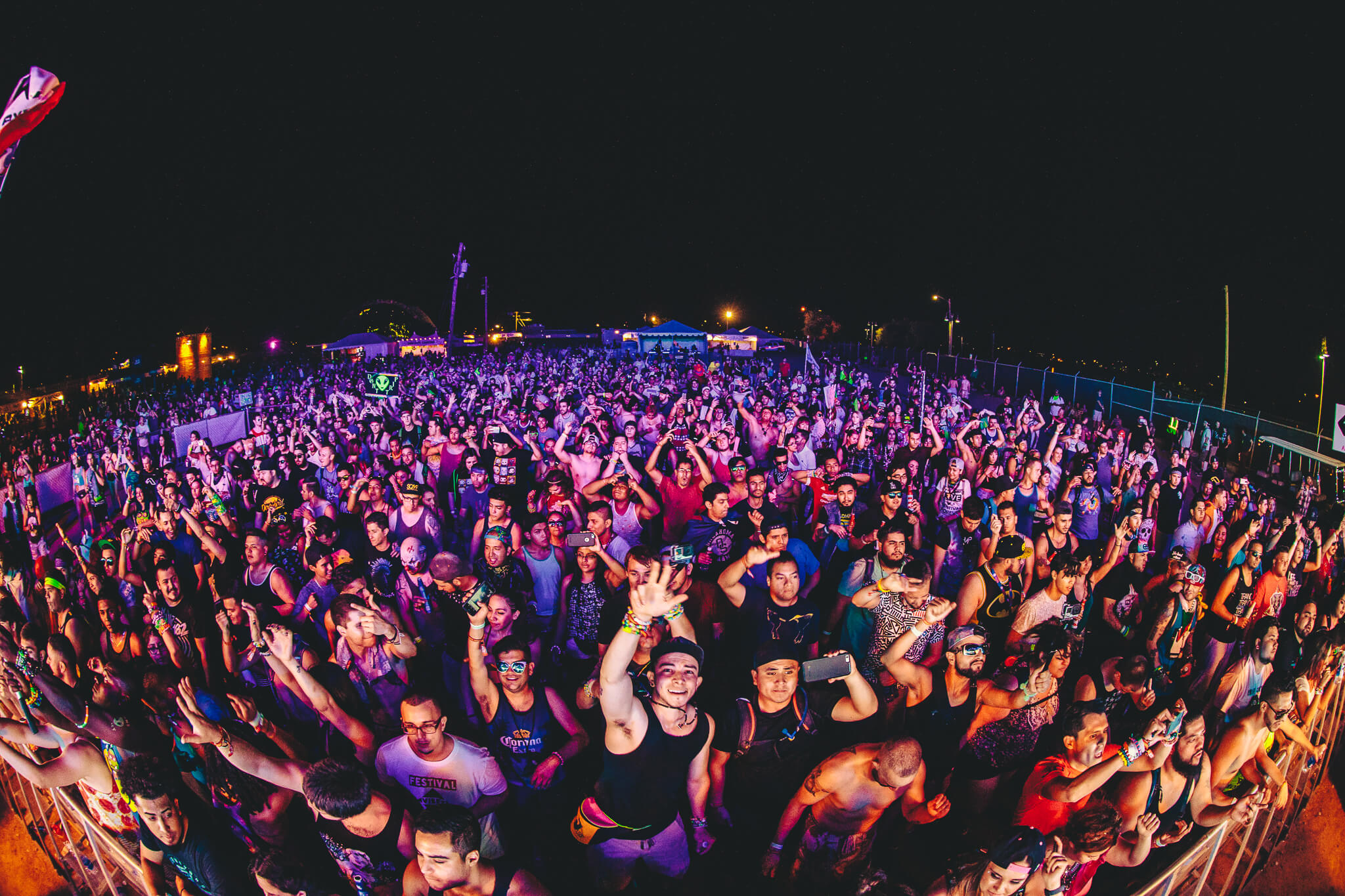 fans in crowd at sun city music festival