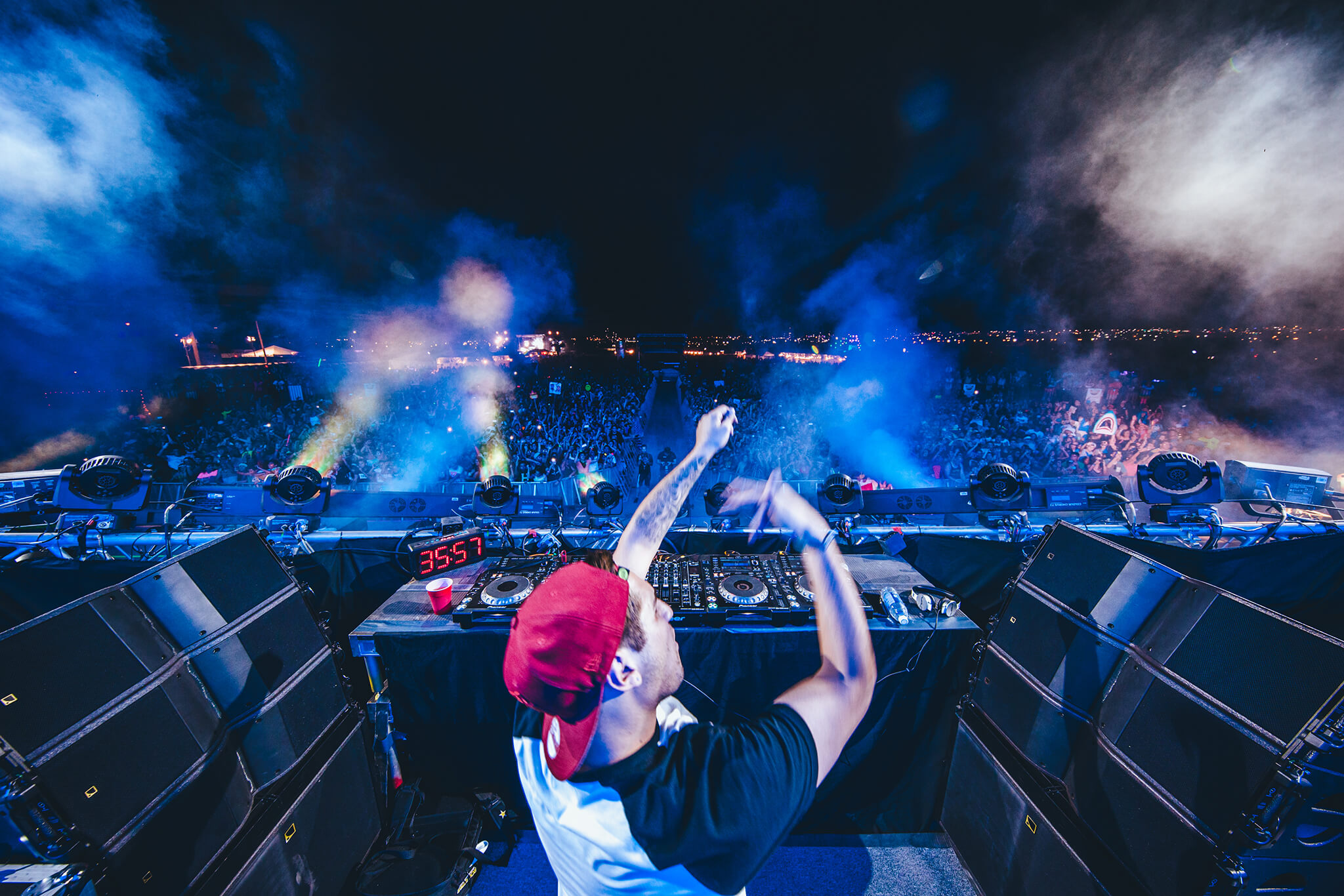 jauz performing at sun city music festival