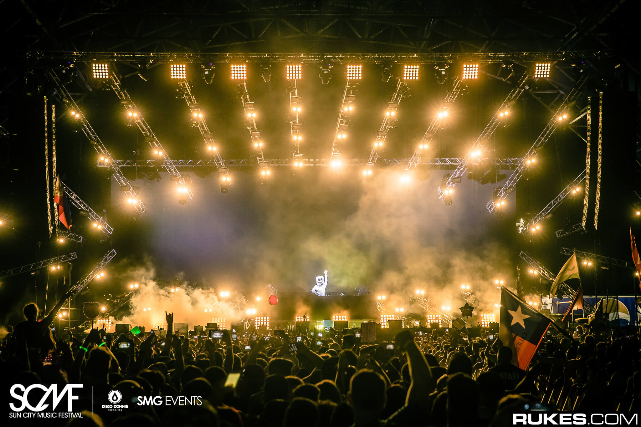 marshmello performing on main stage at sun city music festival