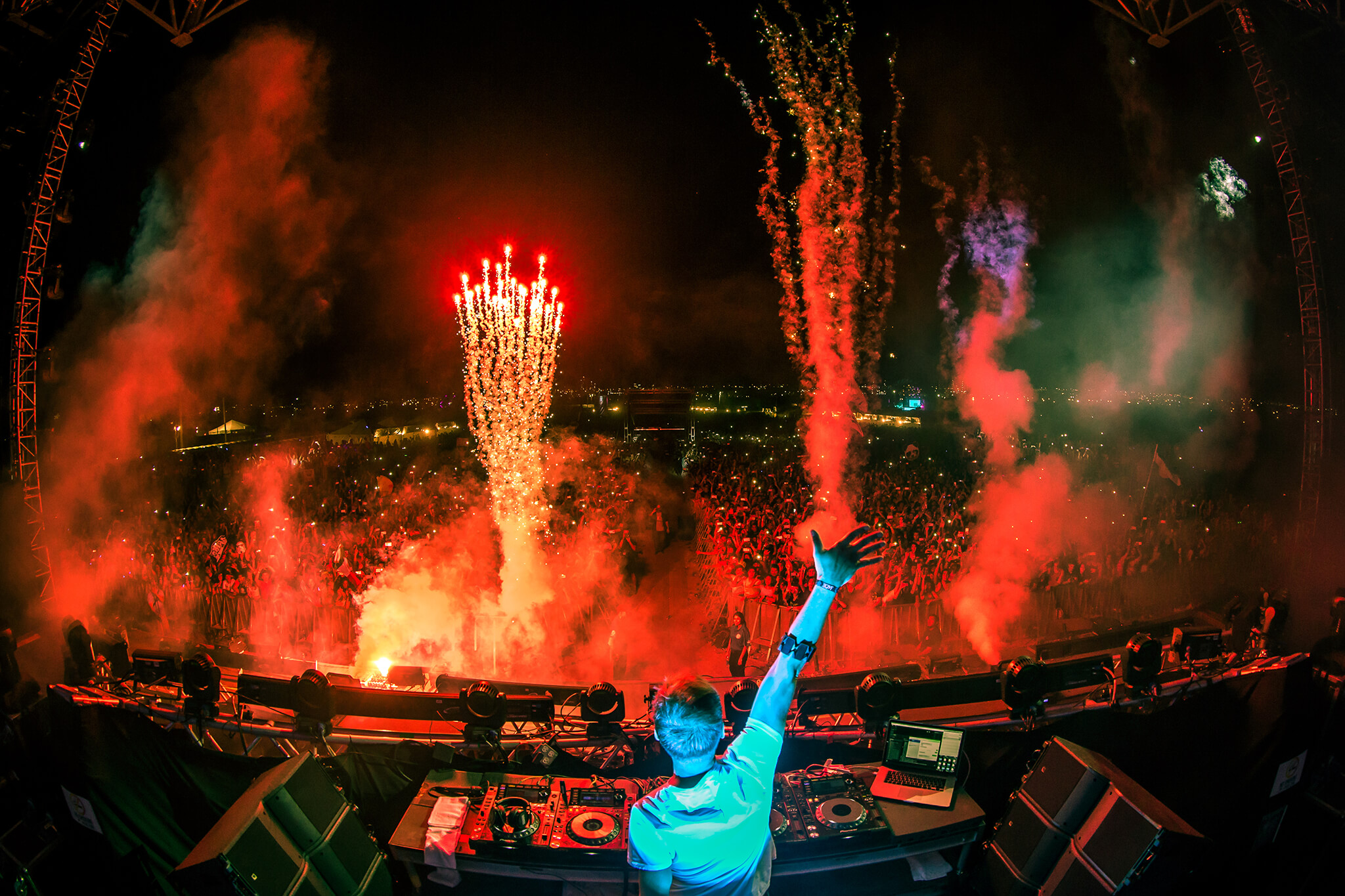 dash berlin performing at sun city music festival