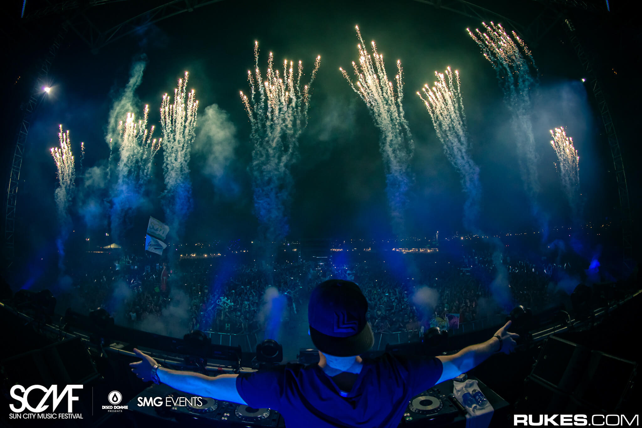 hardwell fireworks sun city music festival main stage