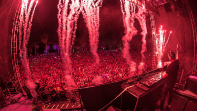 Tiesto performing at Ultimate Music Experience 2015