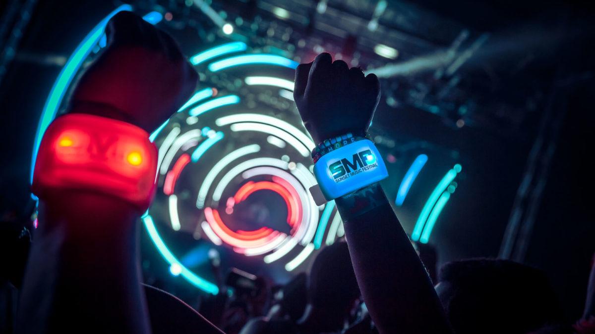 PixMob LED Wristband at Sunset Music Festival