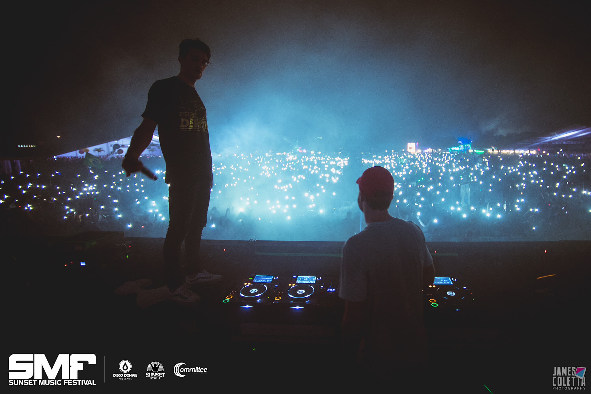 the chainsmokers live at sunset music festival