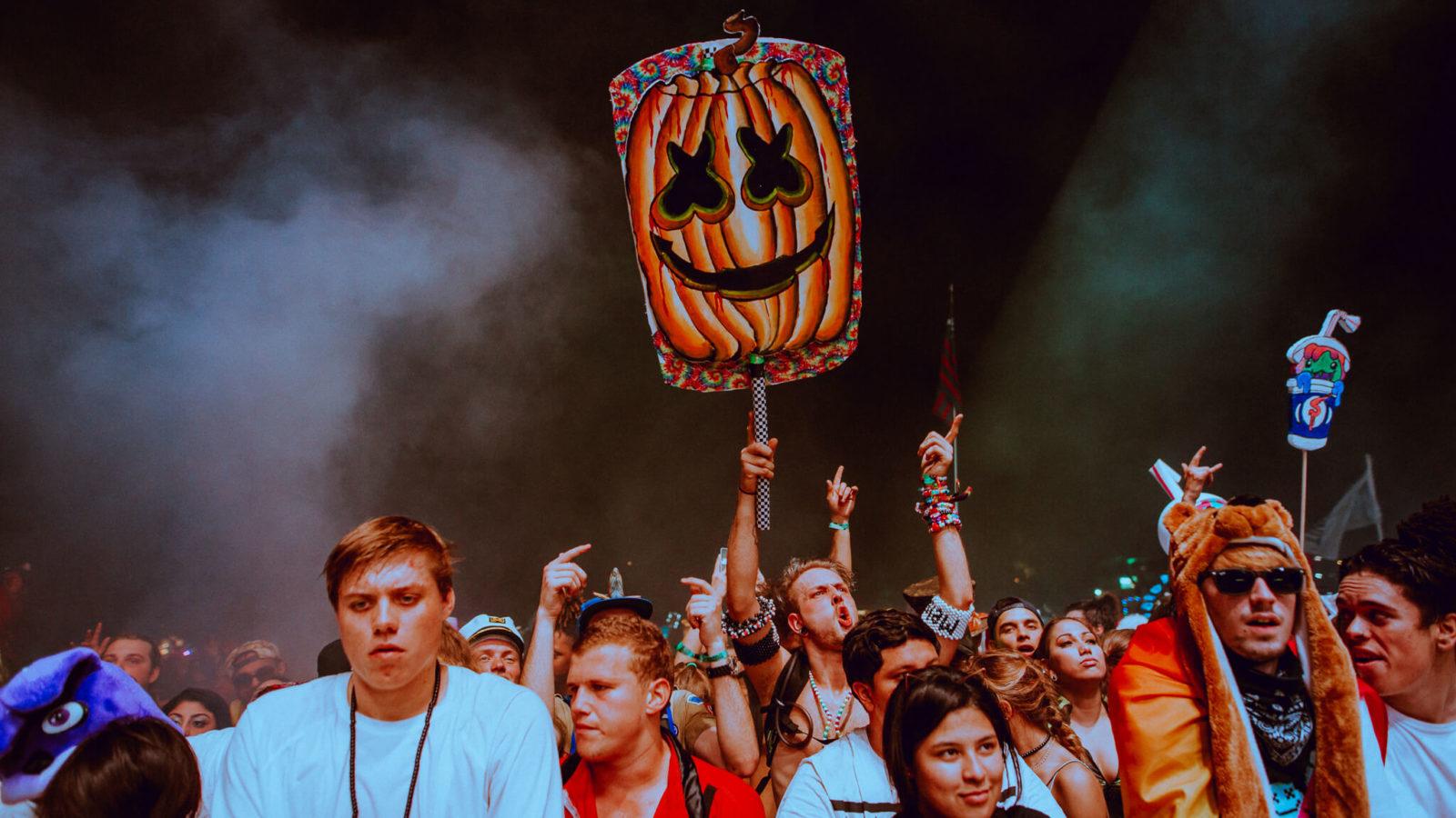 marshmello jack o lantern festival totem