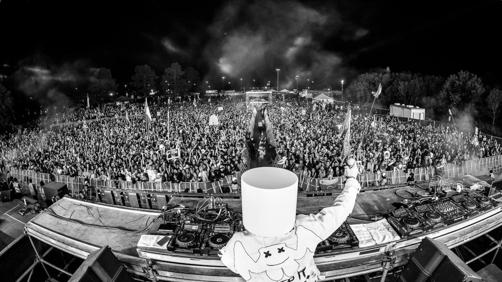 marshmello live in the shadowlands