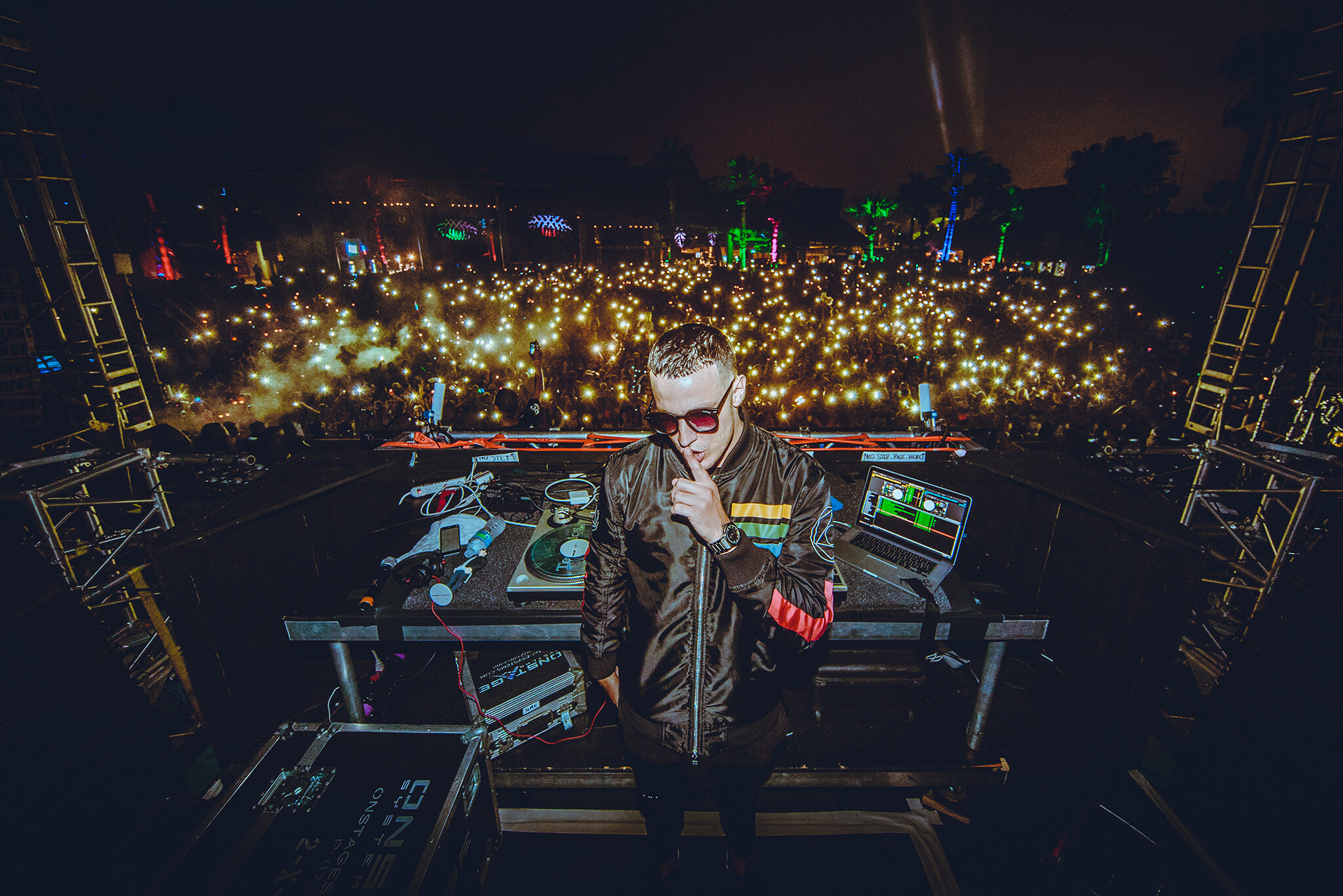 dj snake on stage in Texas