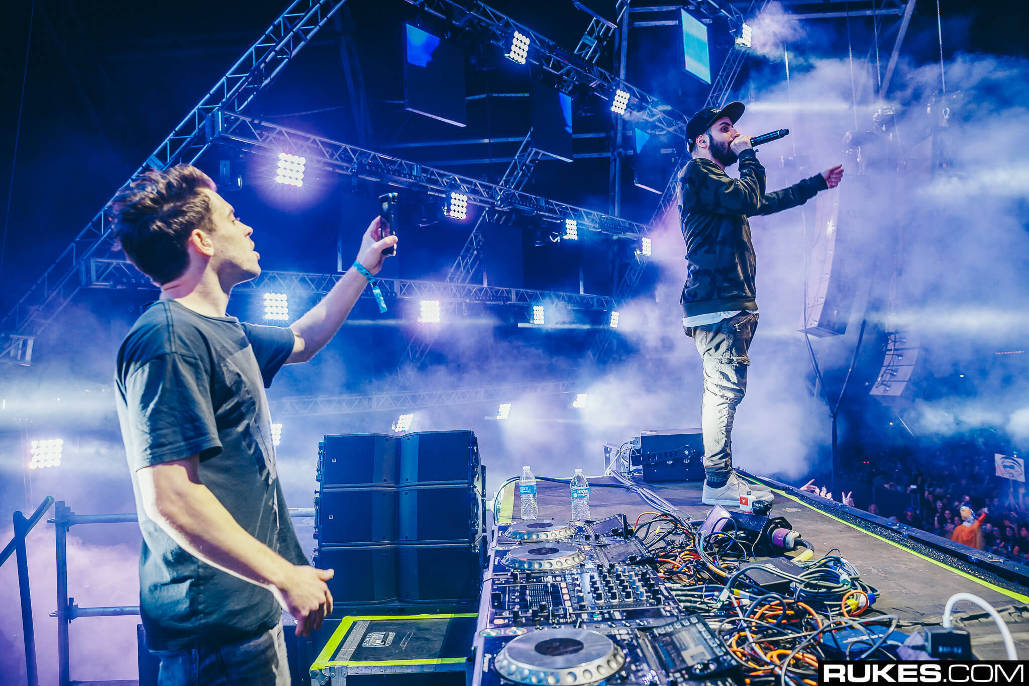 cash cash live at something wonderful festival