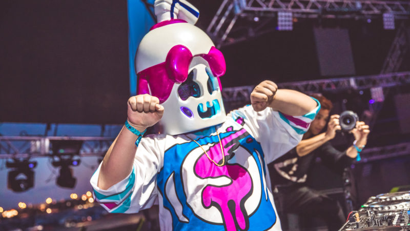 slushii live at something wonderful festival