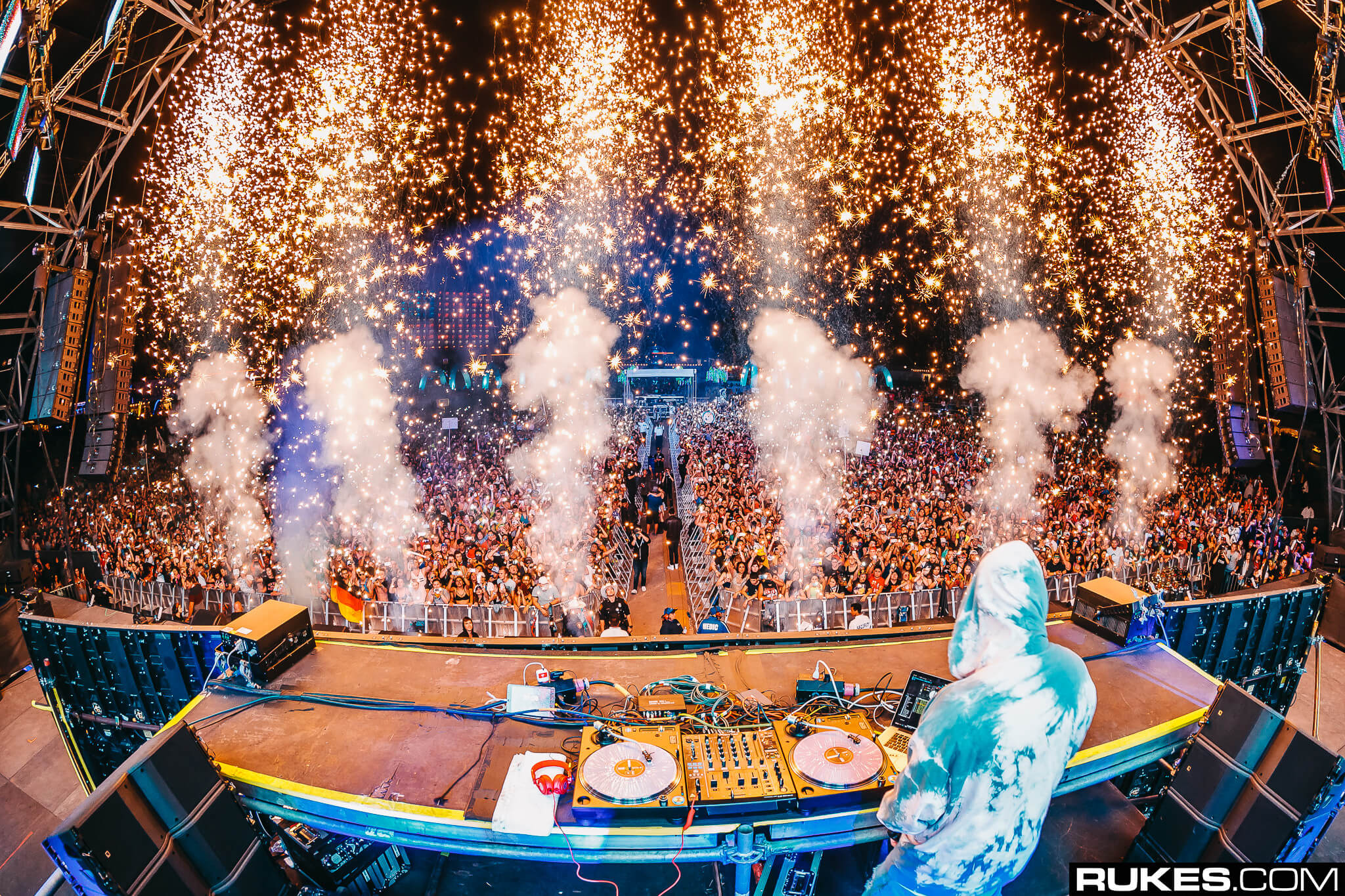 dj snake headlines something wonderful festival