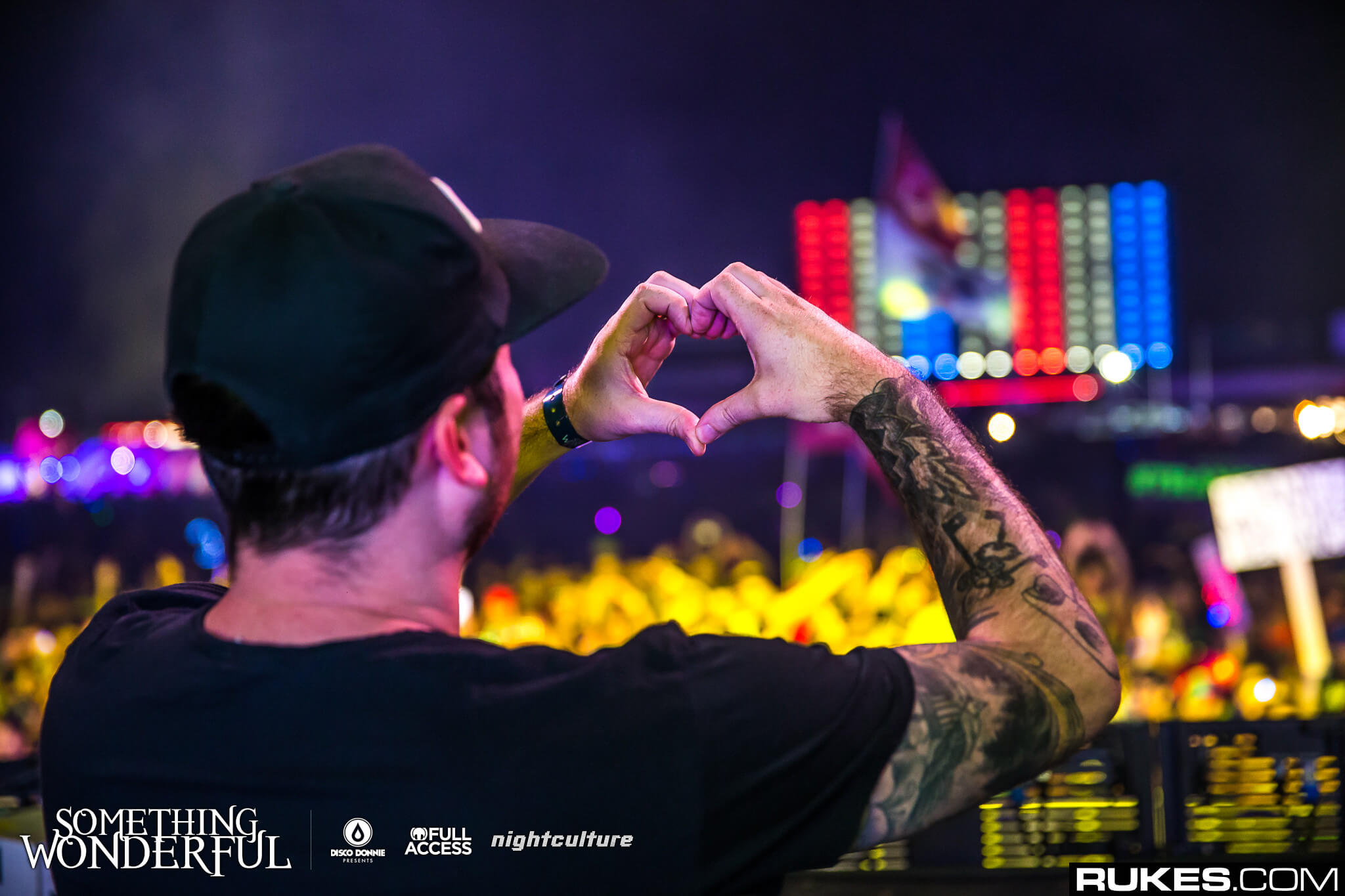 andrew bayer heart hands at something wonderful festival