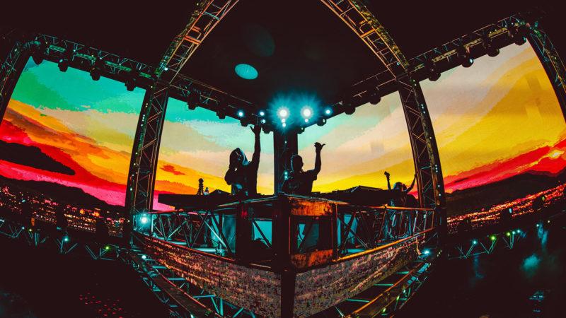 DJs live at sunset