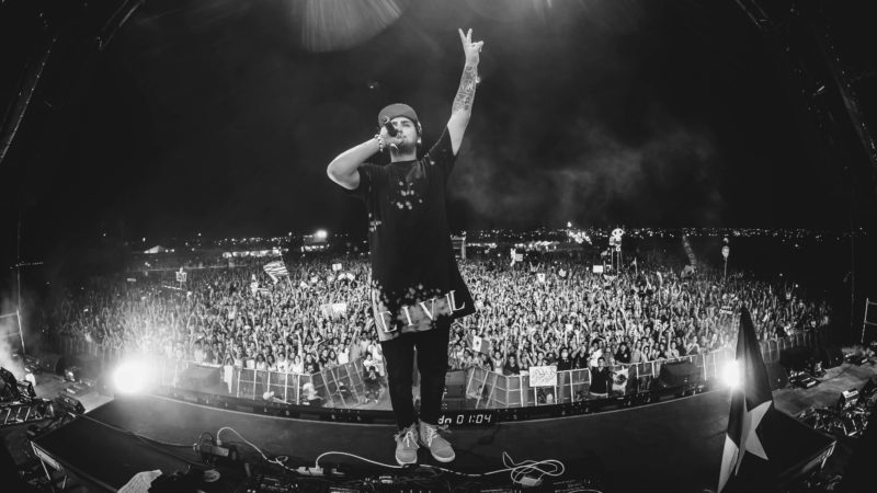 jauz on sun city stage