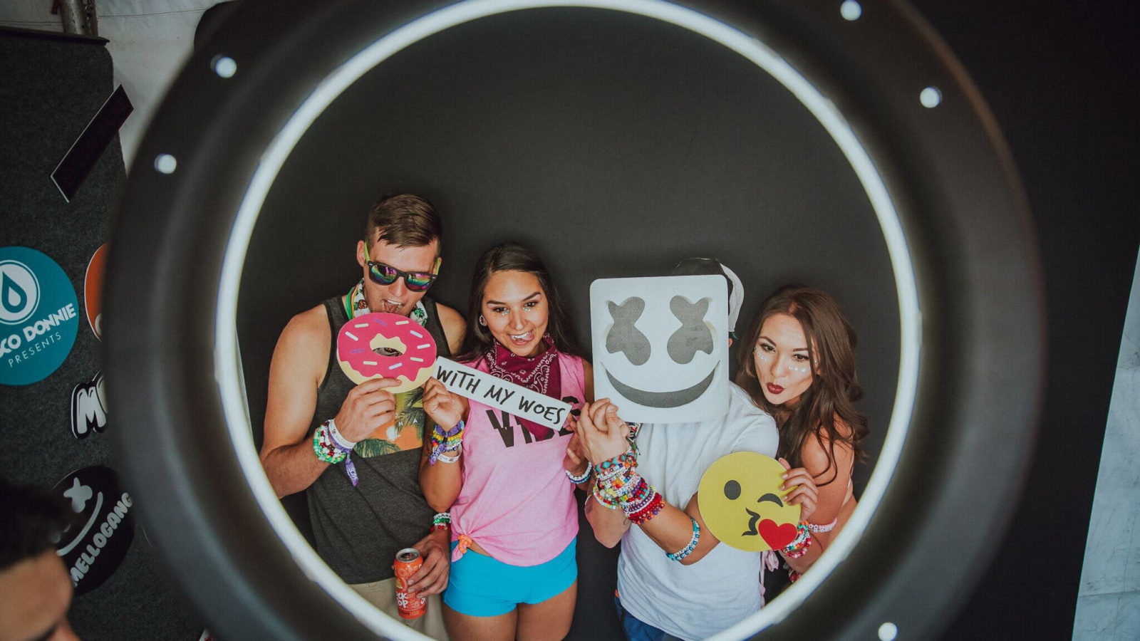 scmf fans in the photobooth