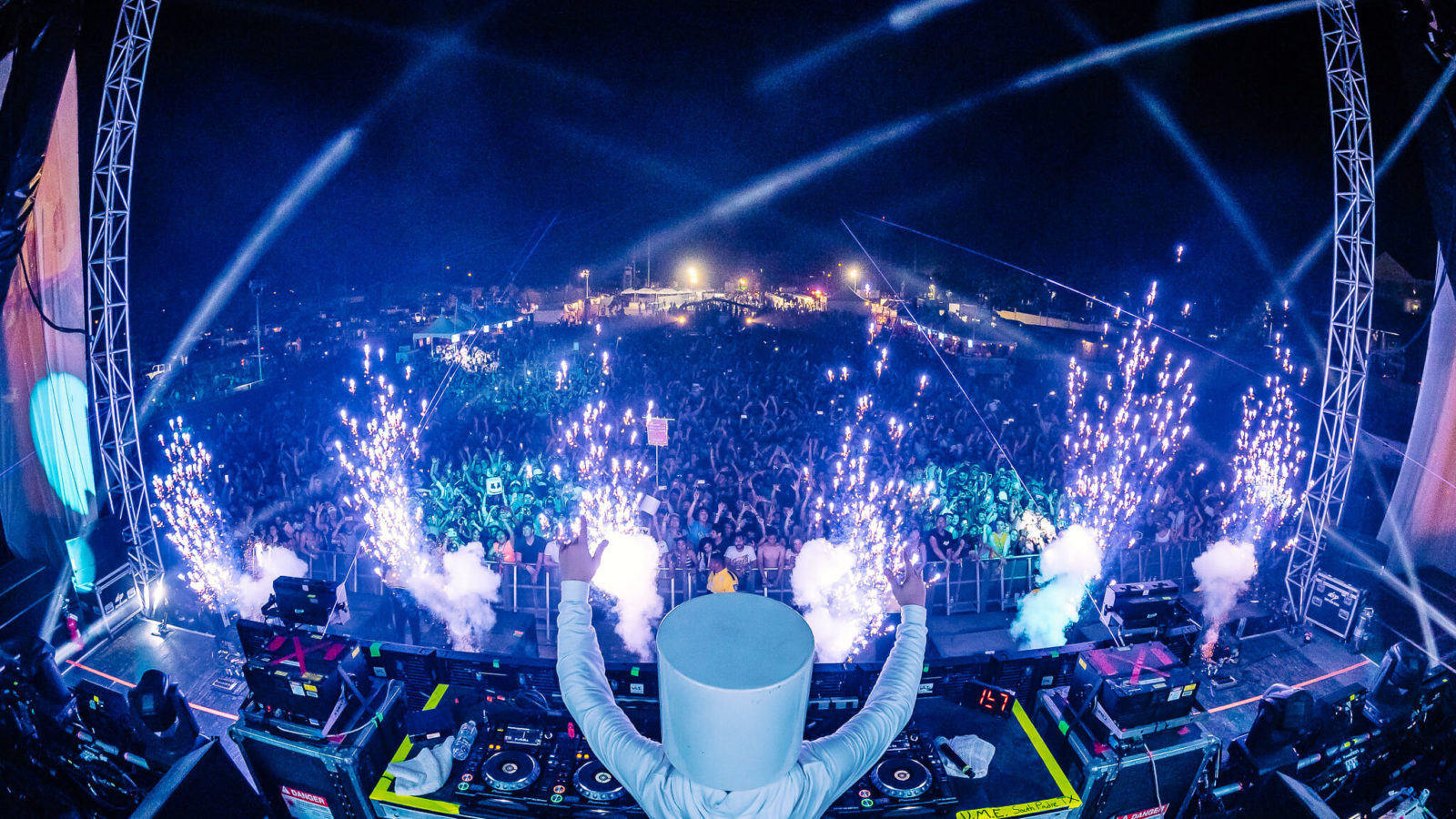 marshmello live on day one of ume
