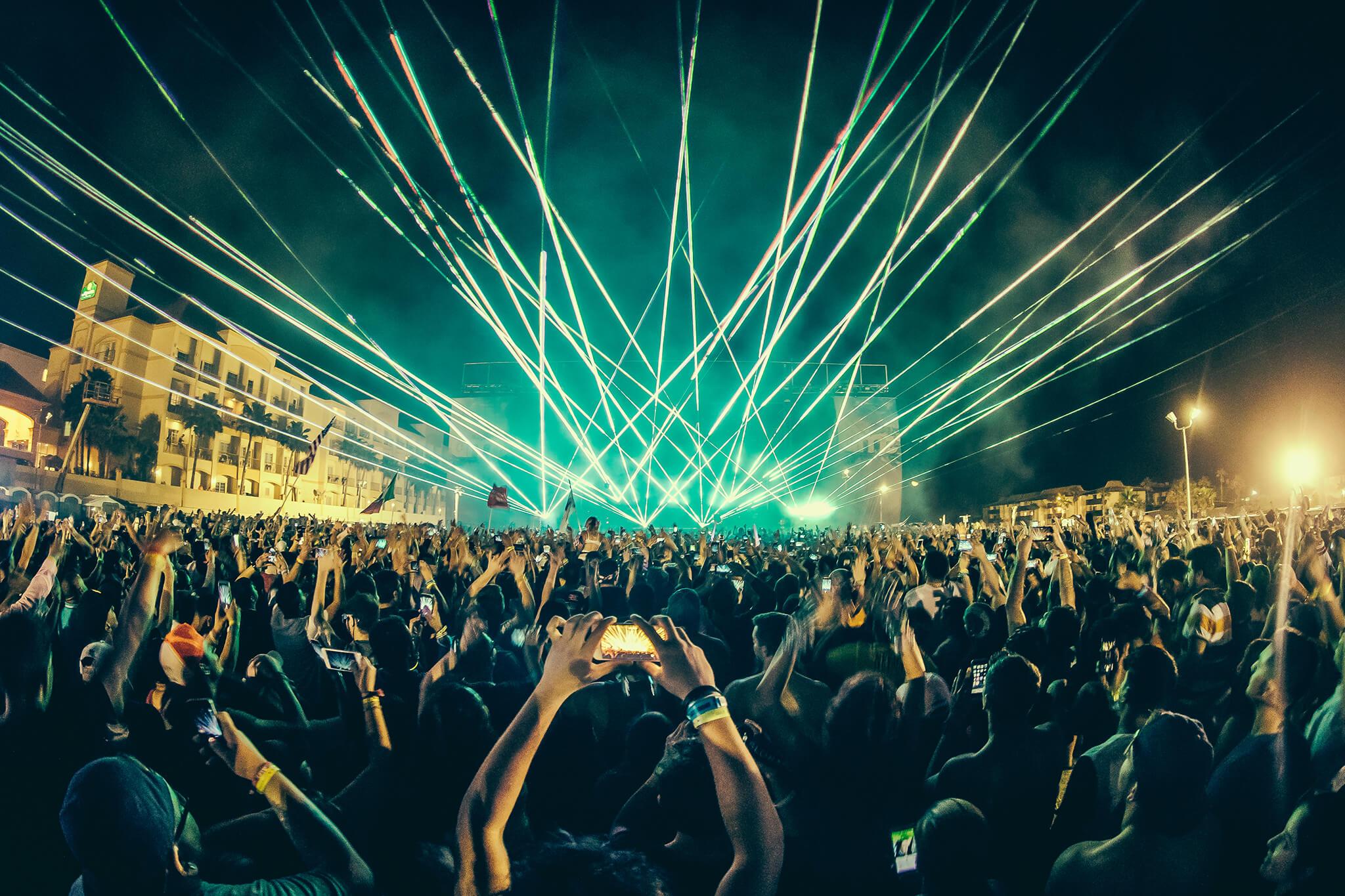 lasers during zedd at ume
