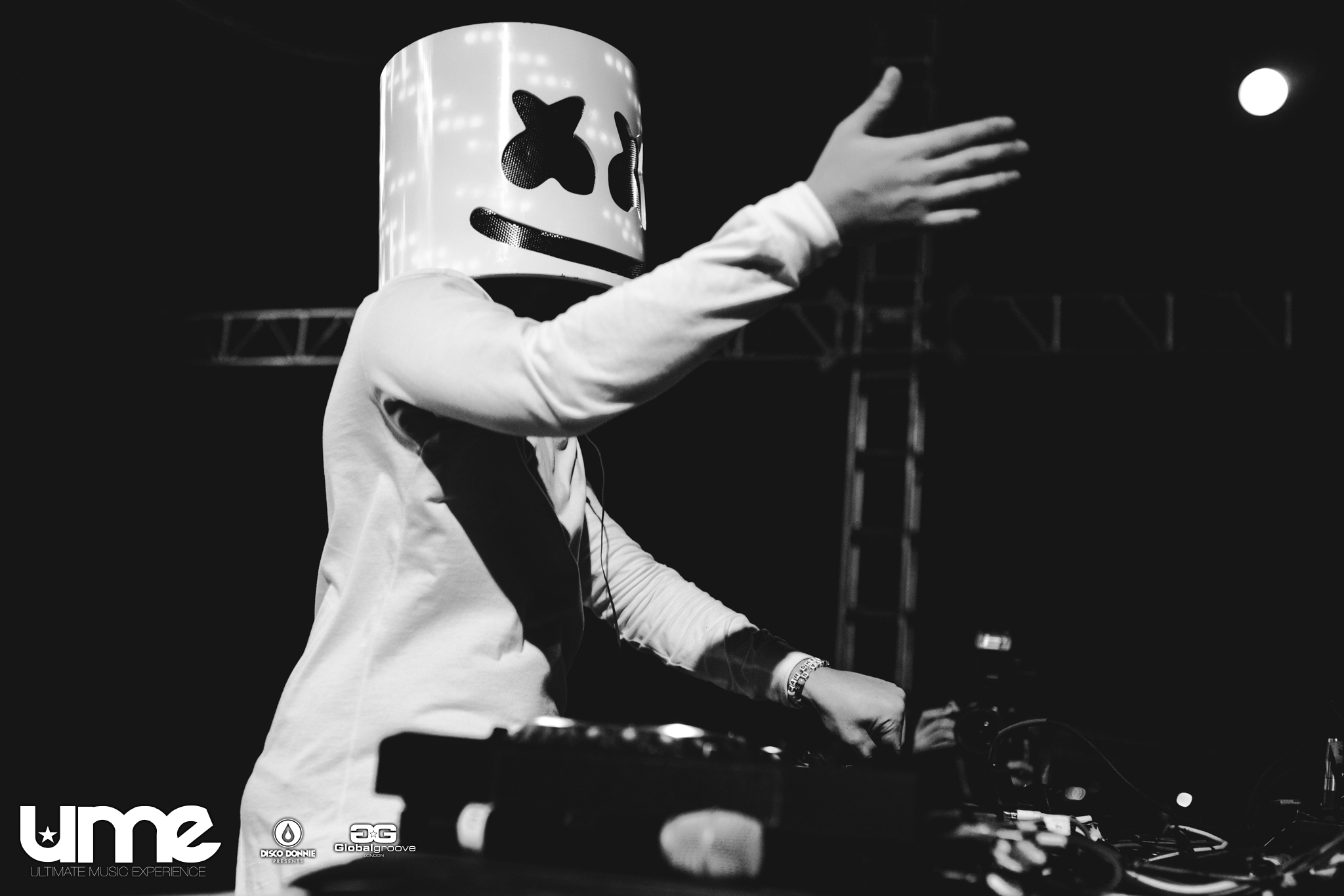 marshmello live at ultimate music experience