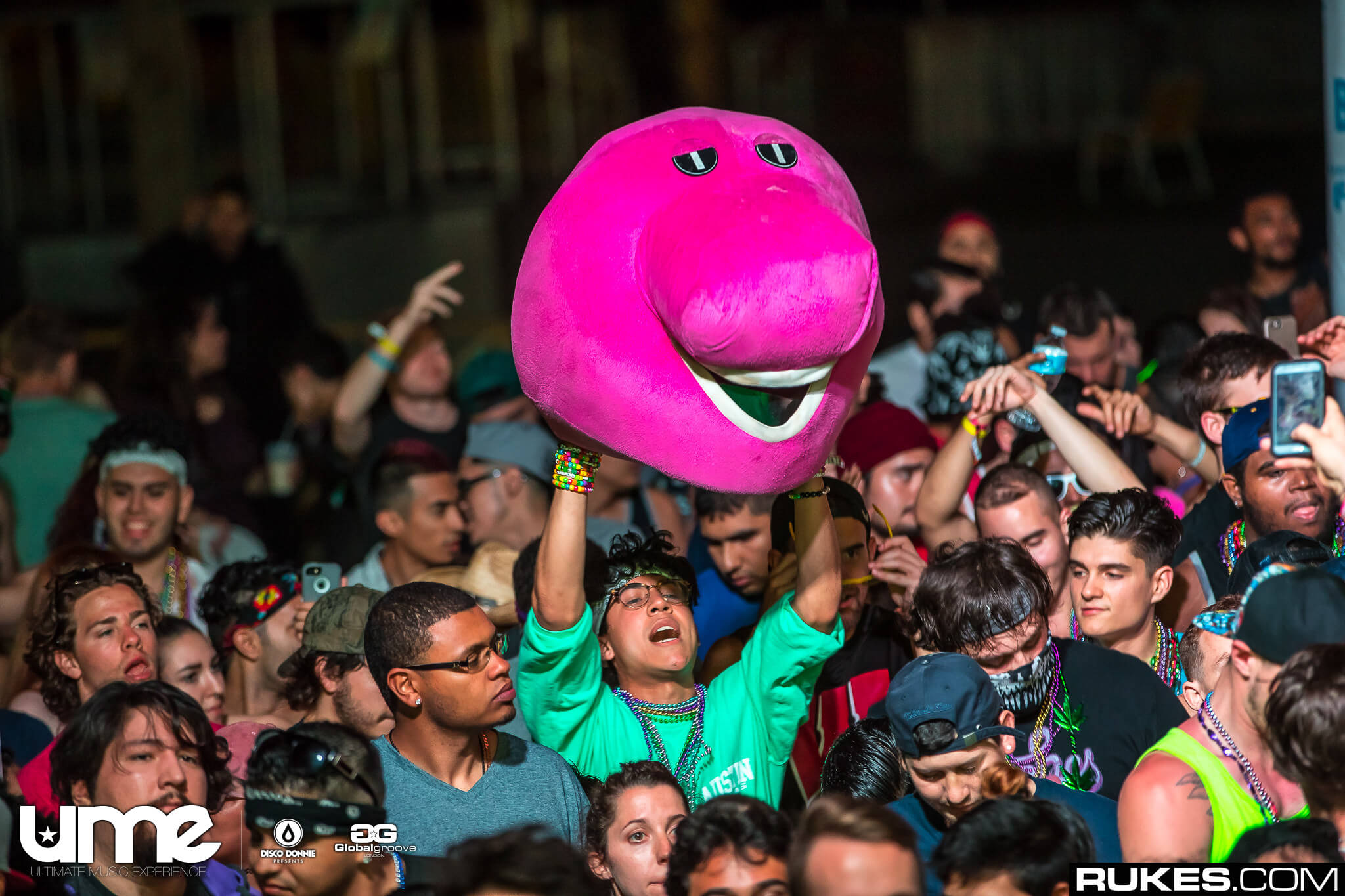 fan with barney mask at ume 2017