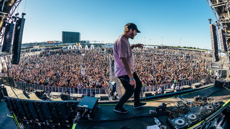 san holo stands at the main stage pleasing the crowd