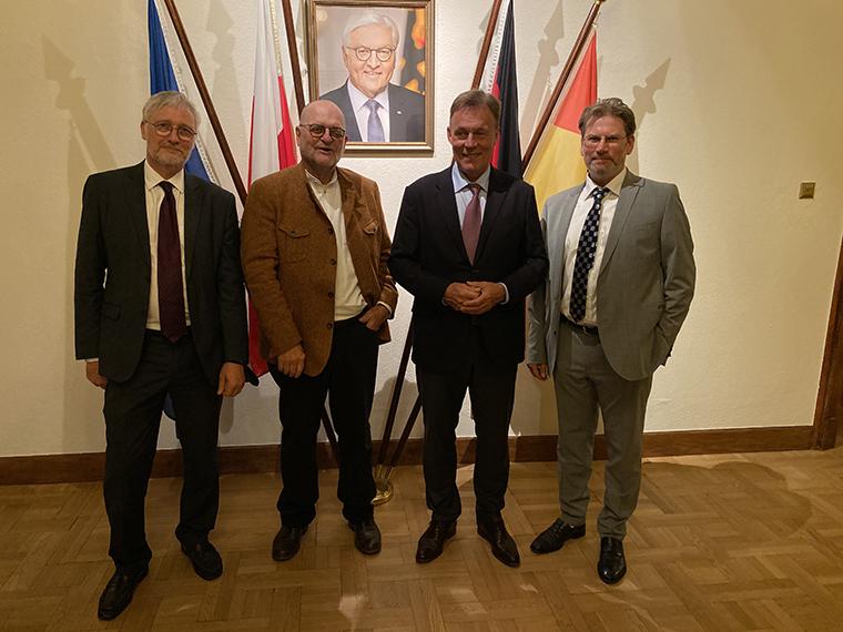 Teilnahme der Präsidenten des Europa Forums an der Begegnung mit dem Vizepräsidenten des Deutschen Bundestages, Herrn Thomas Oppermann