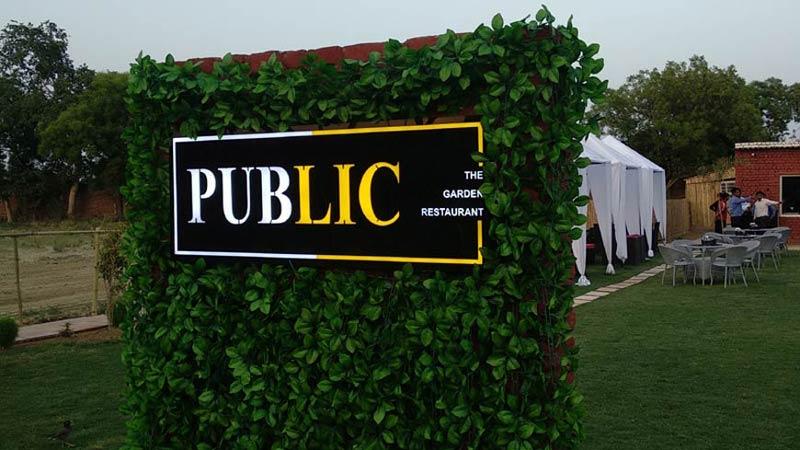 Public-Restaurant