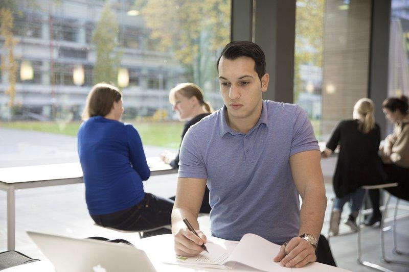 Fernstudium Wirtschaftspsychologie an der SRH Fernhochschule.