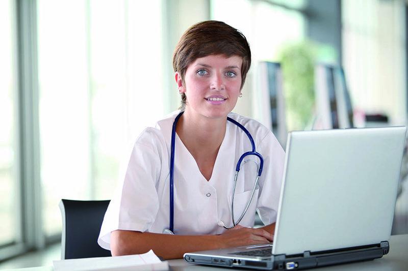 Medizinische Schreibkraft_25527278_XXL.jpg