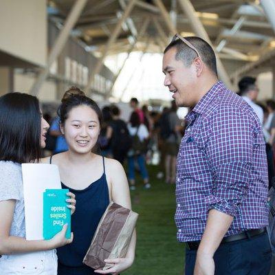 Students talking to Noki at Chimerapalooza