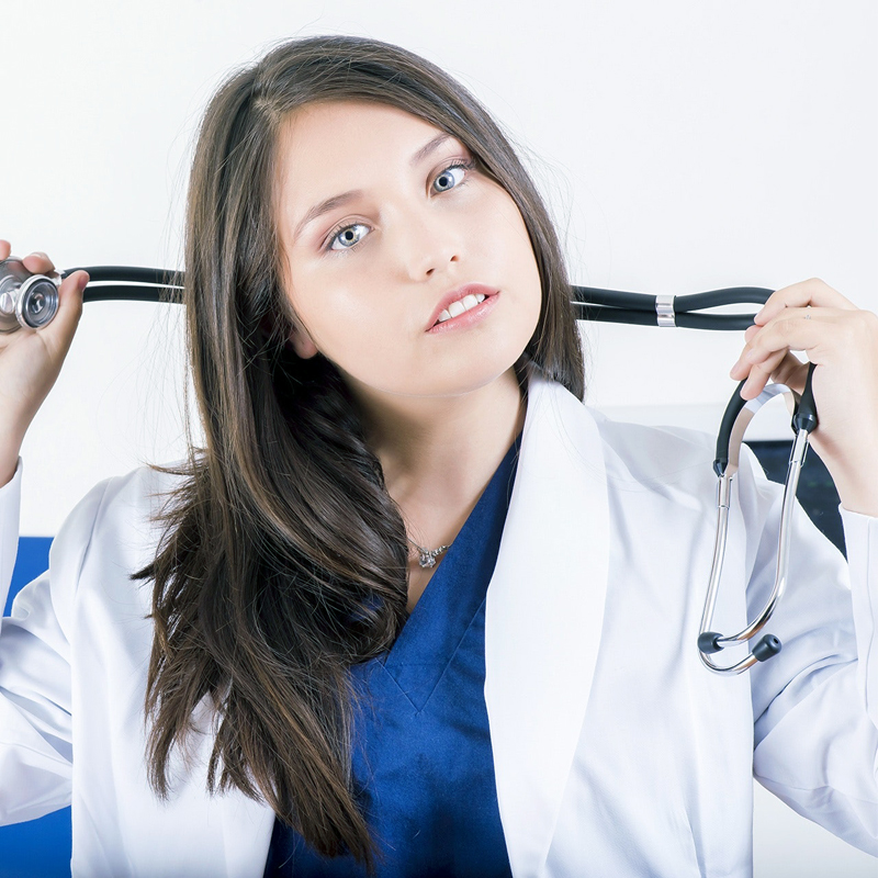 Especialista en Oftalmología y otorrinolaringología - Clinica Visual y Auditiva