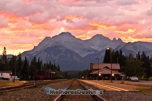 7-Amanhecer-estação-trem-Banff-Montanhas-Rochosas