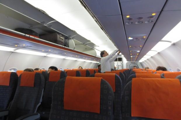 6 - Dentro do Avião