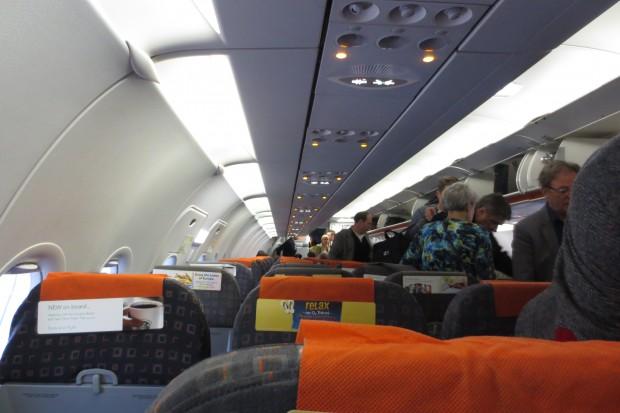 7 - Dentro do Avião (2)