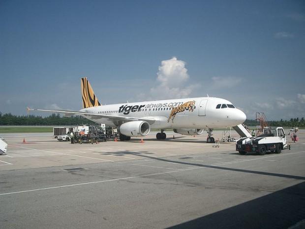 800px-Air_Bus_A320_of_Tiger_Airways