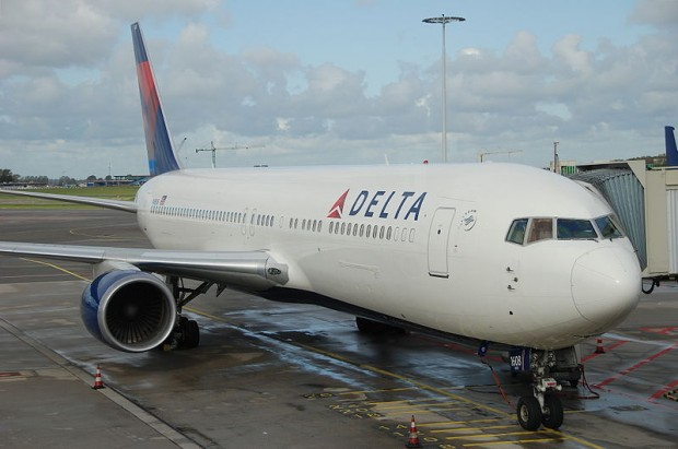 800px-Delta_Air_Lines_Boeing_767-300ER;_N1608@AMS;18.10.2011_627ad_(6389219411)