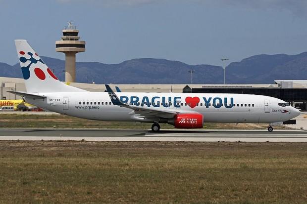 Boeing_737-8Z9,_Travel_Service_AN2273890