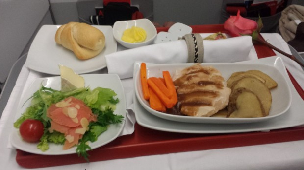 avianca-executiva-21 jantar - frango