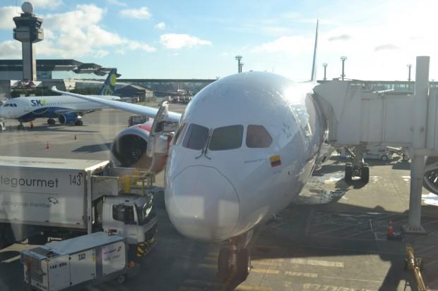 Boeing-787-avianca-dreamliner1