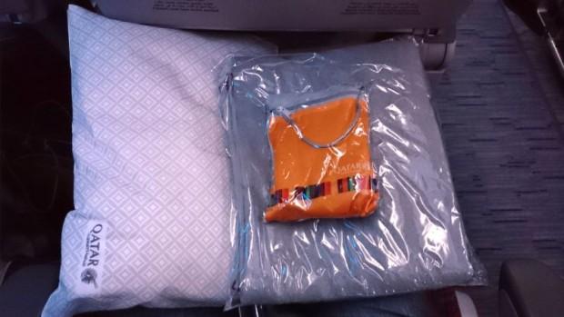 como-e-voar-qatar-airways-kit