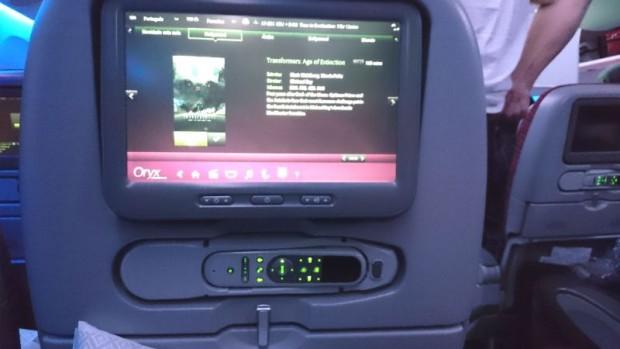 como-e-voar-qatar-airways-monitor