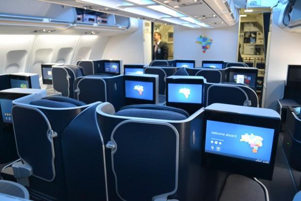 BUSINESS-XTRA-A330-AZUL-058