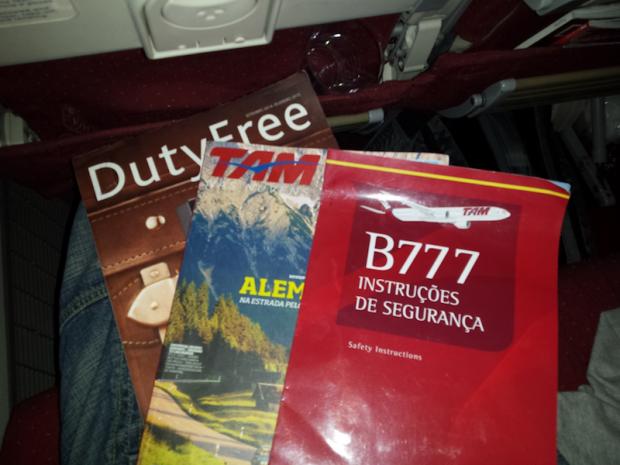 como-e-voar-europa-tam-revistas-a-bordo