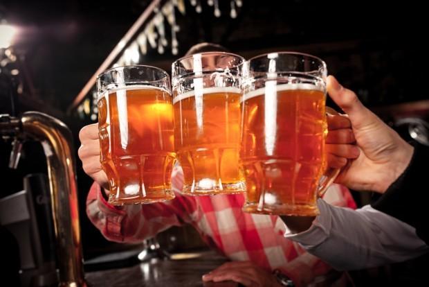 Rounds são práticas bastante comuns nos pubs da capital da Inglaterra