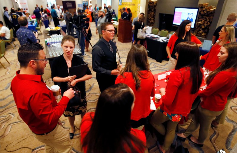 U.S.  jobless claims rise, labor market still tight