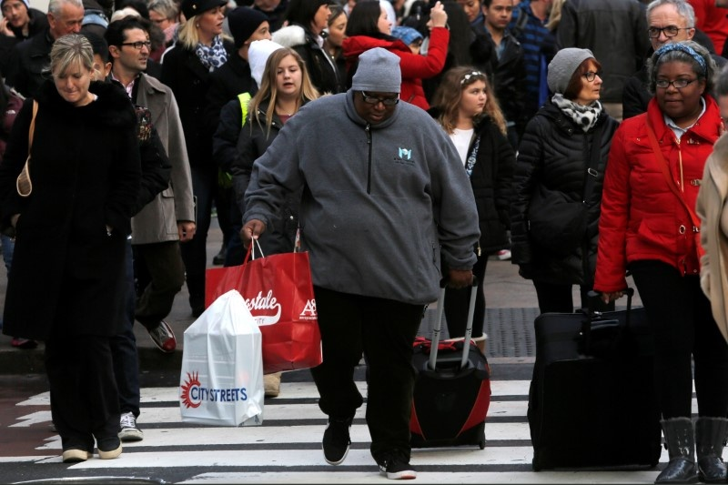 Retail sales decline in March