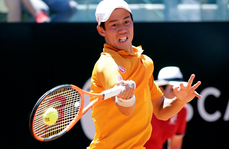 Nishikori, Wawrinka battle into Geneva Open semis