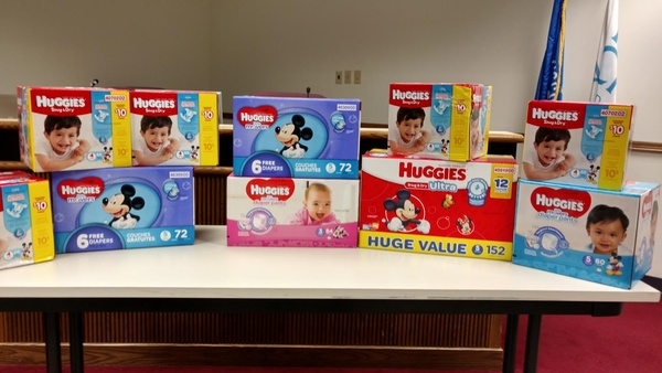 Pair arrested in heist of 100000 diapers