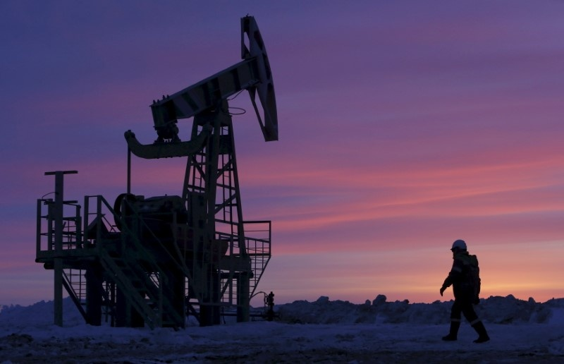 Oil edges up after six days of straight losses