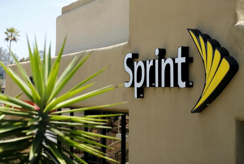 Sprint is in talks with Comcast, Charter